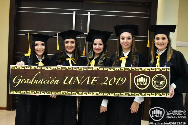 dsc-0095-graduacion-201952EECB1D-B3E0-35AB-5E17-EC6DB41A8923.jpg