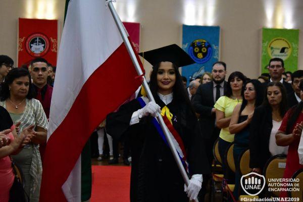 dsc-0185-graduacion-20199537F19E-6259-2D17-2004-B421AADF5B28.jpg