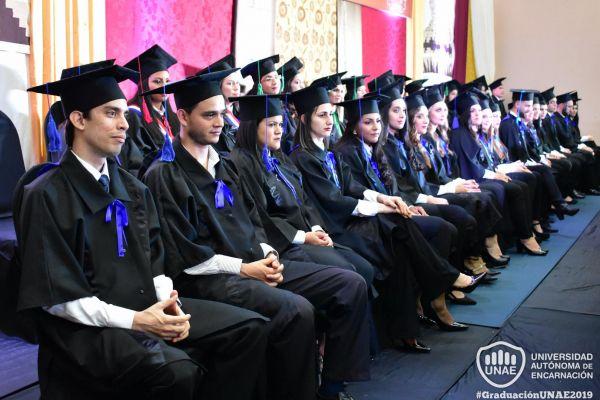 dsc-0761-graduacion-20190F418704-AB25-06BE-66FF-36F2F20D906F.jpg