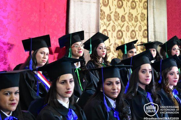 dsc-0763-graduacion-2019084EFA21-BD4E-F892-AF9A-7F14EB0875AE.jpg