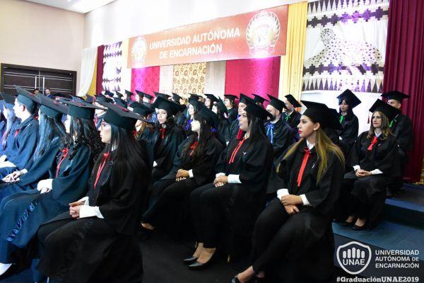dsc-0794-graduacion-20199729FBB0-9060-CA20-AEF5-09B927200589.jpg