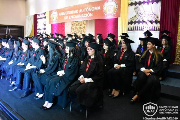 dsc-0796-graduacion-201992CB8792-3E3C-452E-04CA-6E18A40C9F24.jpg