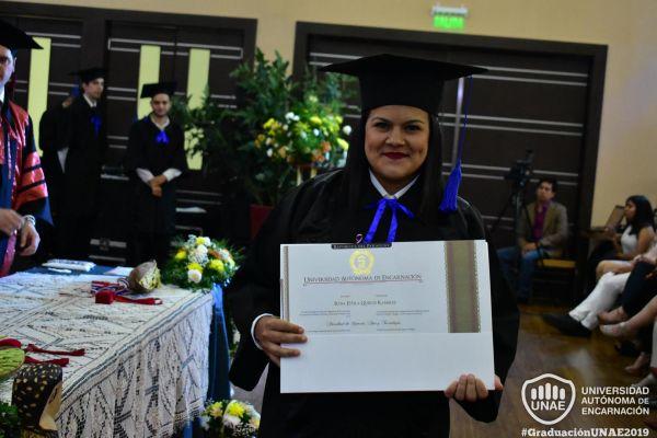 dsc-0988-graduacion-2019C4796A3D-80B5-0009-10EC-7C56A90EDA3F.jpg