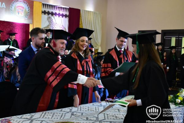 dsc-1021-graduacion-20191A981ED4-876A-8437-525D-7796E7A4B14B.jpg
