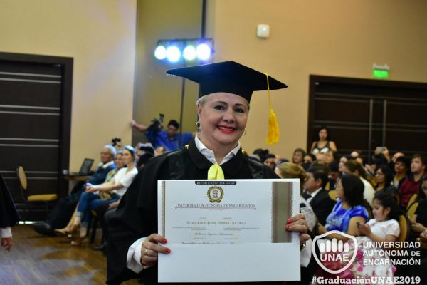 graduacion-post-grado-unae-2019-102BE0334C9-CE8F-9C89-24FA-6361EF2E5B62.jpg