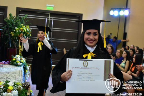 graduacion-post-grado-unae-2019-1038A836F04-3E5C-D378-AFA5-23EE0D140709.jpg