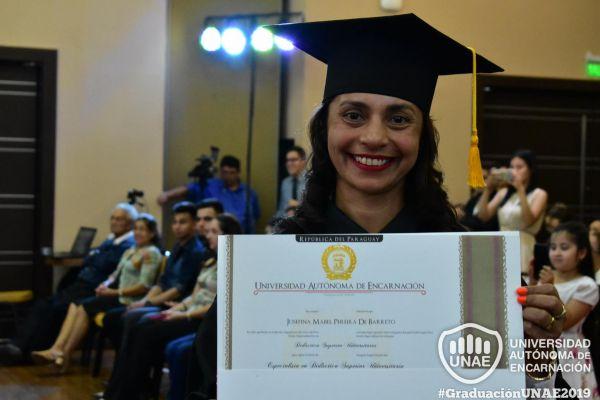 graduacion-post-grado-unae-2019-120B90953E1-CEF2-0C61-685D-1498D57CF735.jpg