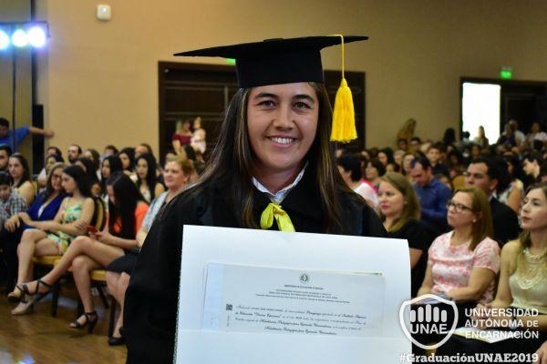 graduacion-post-grado-unae-2019-15704613860-9822-B4B5-9F0E-8E164838C2F7.jpg