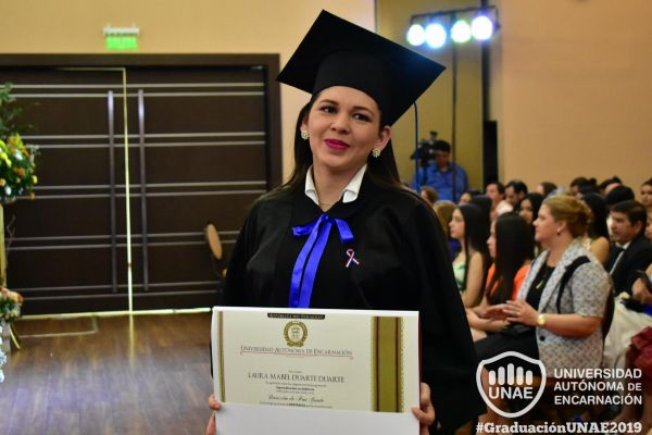 graduacion-post-grado-unae-2019-71C9BAFDB0-AB65-F13C-AD2F-CF8074F212FA.jpg