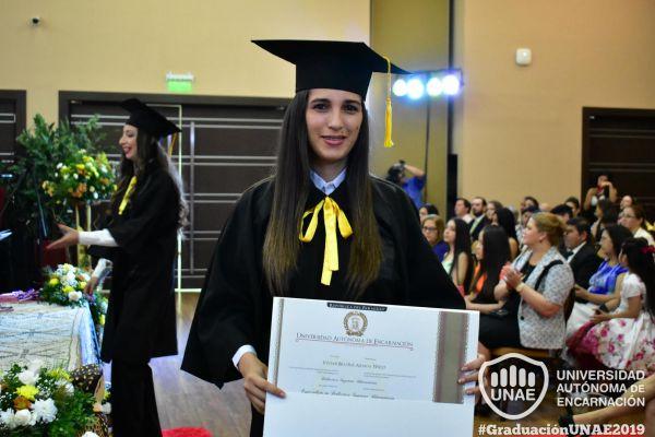 graduacion-post-grado-unae-2019-9046000198-3660-6C16-58A6-A5639A50716D.jpg