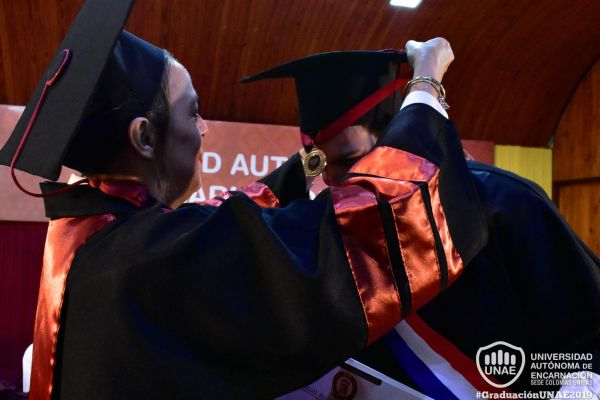 dsc-0004-graduacion-2019F20C4D26-032C-7CCB-AB8D-3F7DDA007675.jpg