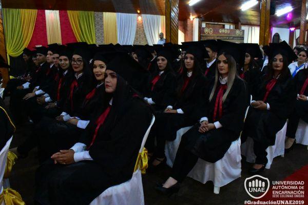 graduacion-colonias-unidas-unae-105DAA78C5A-27CF-FAF6-926A-658B0E0FDB96.jpg