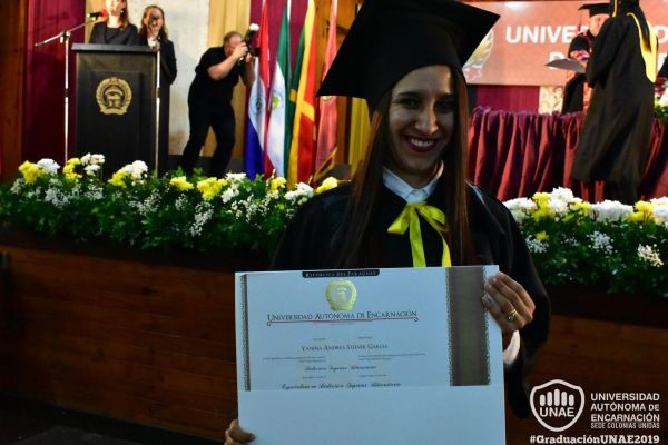 graduacion-colonias-unidas-unae-126CB158E37-6EE5-A842-5802-776B7C095D31.jpg