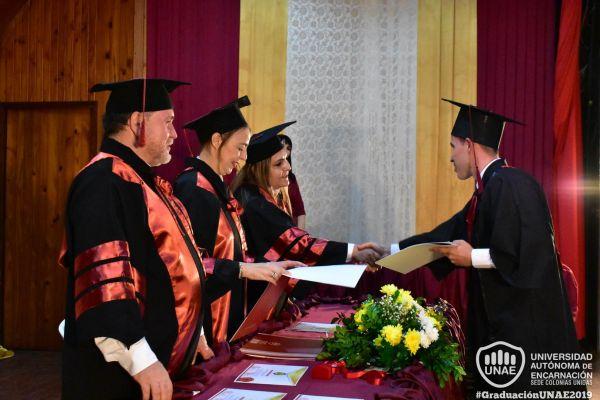 graduacion-colonias-unidas-unae-149723A6659-DA98-4DEB-57F1-66DA52F37CC1.jpg