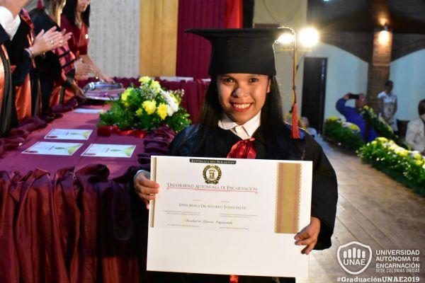 graduacion-colonias-unidas-unae-1571437E09F-24DA-8611-64D9-5AE1DB05223F.jpg