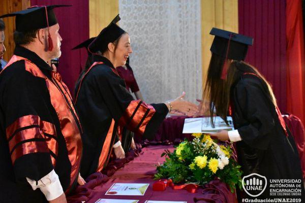 graduacion-colonias-unidas-unae-162533FD39E-5016-95D4-E9DC-E43D00B16529.jpg