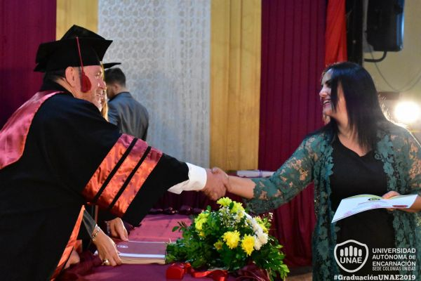 graduacion-colonias-unidas-unae-1652051C632-67EF-808B-7294-45ABBD53A127.jpg