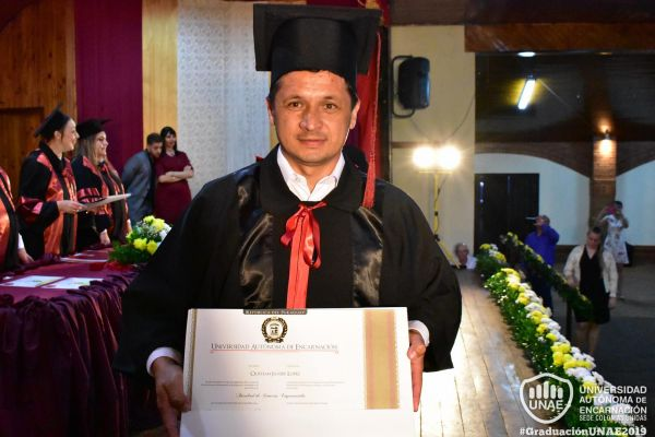 graduacion-colonias-unidas-unae-178AFF9E009-AD89-21B9-4F18-36379370941A.jpg