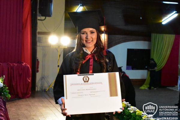 graduacion-colonias-unidas-unae-202B3D33783-85C9-1A5E-2411-7E9B8D5AB23D.jpg