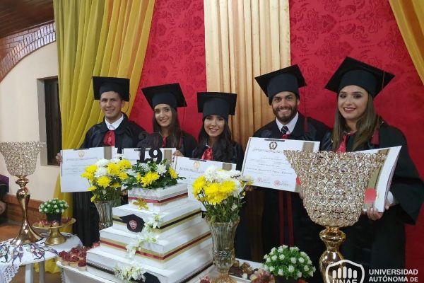 graduacion-colonias-unidas-unae-2125640BD4A-74BB-76E4-DB8A-12C2270D8DB7.jpg