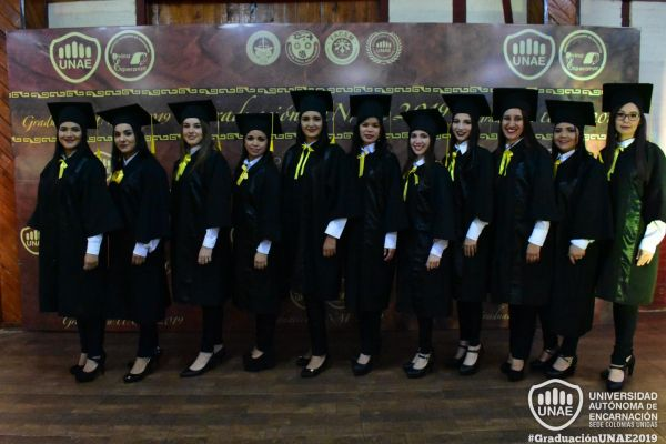 graduacion-colonias-unidas-unae-29436CE6AF-928A-711E-9BD1-047DC4C7612F.jpg