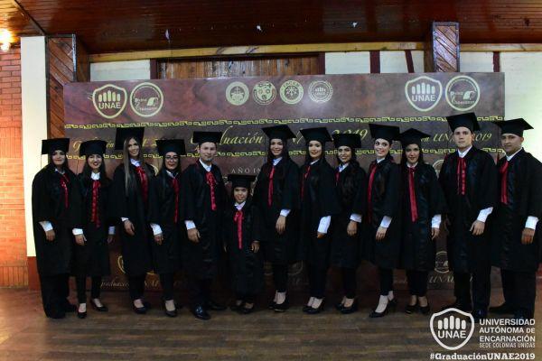graduacion-colonias-unidas-unae-3143169658-CAA6-0C3C-BBE5-F75EF89F610D.jpg