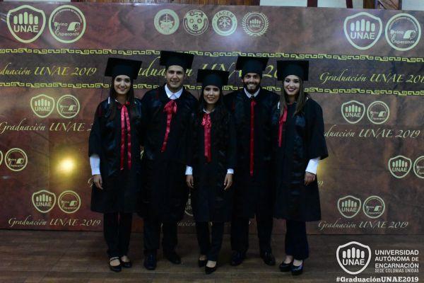 graduacion-colonias-unidas-unae-338A2CEF38-8815-5212-9FDF-E71C0AFC7B21.jpg