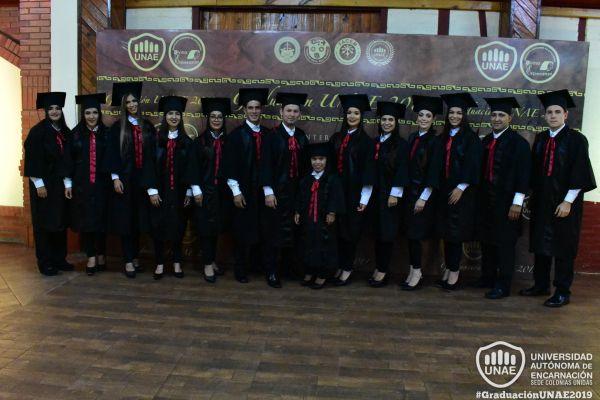 graduacion-colonias-unidas-unae-34C9E1F225-620D-B84B-67AF-49199C3732DB.jpg