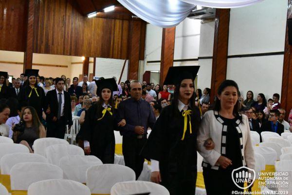 graduacion-colonias-unidas-unae-4646C4F3B8-B645-DC13-A5B2-2A6A24E23501.jpg