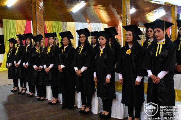 graduacion-colonias-unidas-unae-497EAC6630-D0FF-F4F0-F872-7E12B5223697.jpg