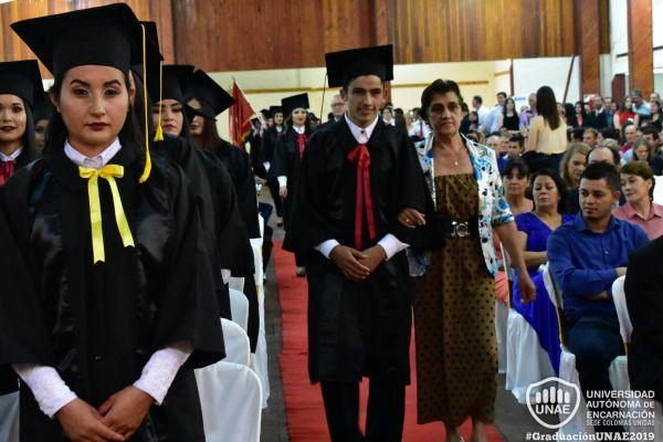 graduacion-colonias-unidas-unae-614E5A3BB5-EBBF-9FEF-6326-1771E1BACEE3.jpg