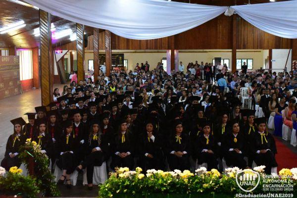 graduacion-colonias-unidas-unae-849EB3B57E-8E08-9448-3215-19FB9A1BCDD5.jpg