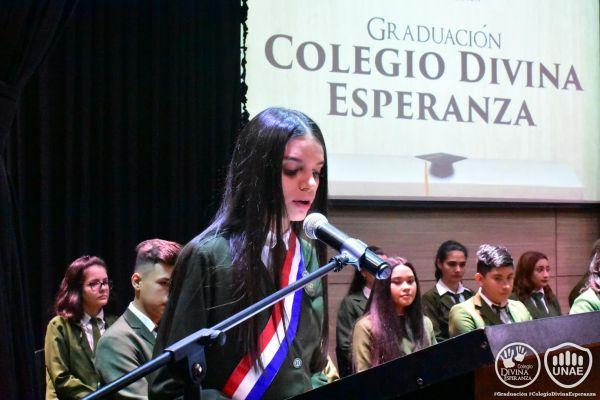 graduacion-colegio-divina-esperanza-14E0402807-8465-6451-BEEC-428440D8704A.jpg