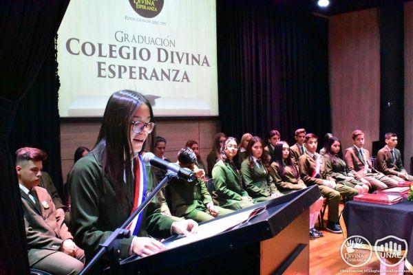 graduacion-colegio-divina-esperanza-150F78A124-74FB-3FBE-6F22-2EE300C8161F.jpg