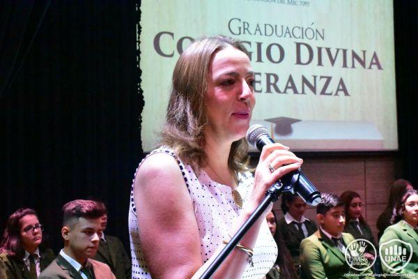 graduacion-colegio-divina-esperanza-2158DAA2D2-D610-8B60-E637-231CA4325414.jpg