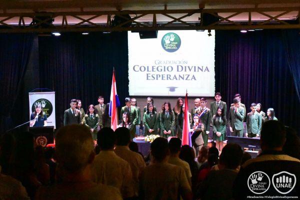 graduacion-colegio-divina-esperanza-79A57A328-FFEA-781D-F50E-66FB4AF2BC73.jpg