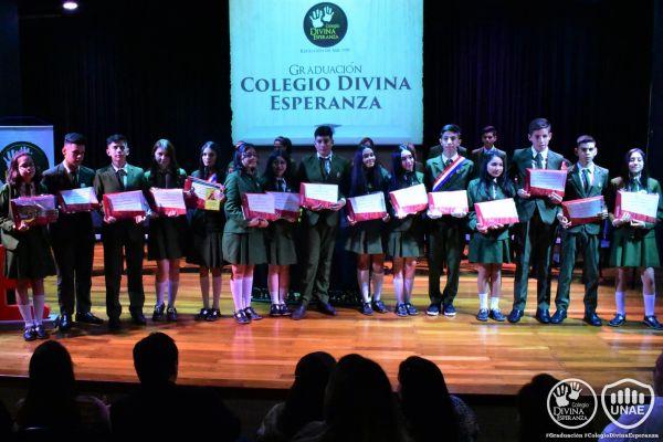 graduacion-colegio-divina-esperanza-noveno-grado-3293B8D1D2-9282-8761-BC11-205D7A9D0FD2.jpg