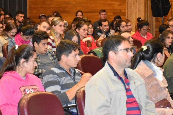 iii-seminario-de-agropecuaria-2019-0527CCCA3D-DD4F-9089-C1AC-1F09B6B8C8CD.jpg