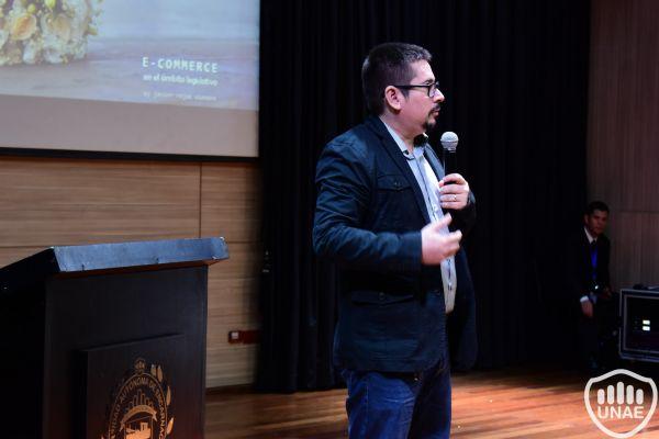 seminario-tecnologico-de-vanguaria-unae-1917B22810-C313-2751-773A-3378A691C601.jpg