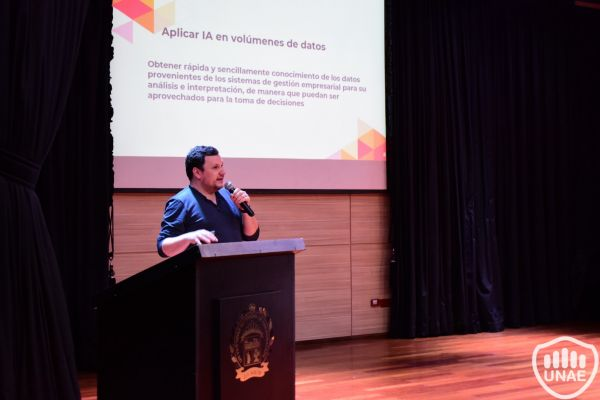 seminario-tecnologico-de-vanguaria-unae-40C397C7C-10D9-3820-CEA3-63D64E9297EC.jpg