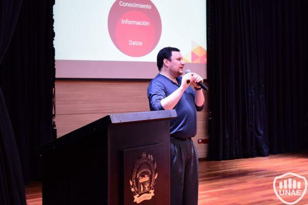 seminario-tecnologico-de-vanguaria-unae-5E91B4DD9-01B3-08F9-6F00-917CA2B998C5.jpg