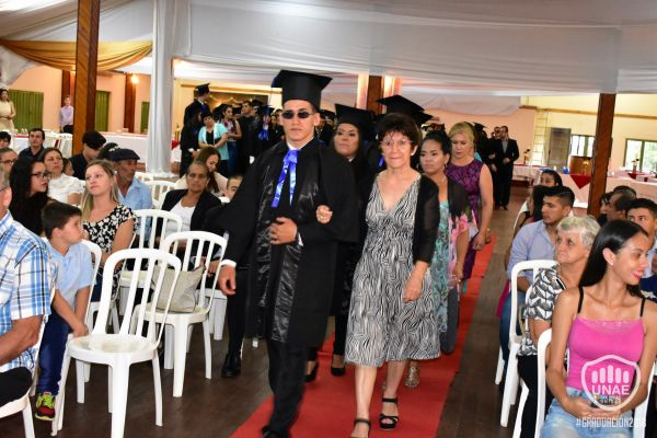 graduacion-colonias-unidas-2018-131C137197-F9F9-9D2C-7253-F8F6BA68D897.jpg