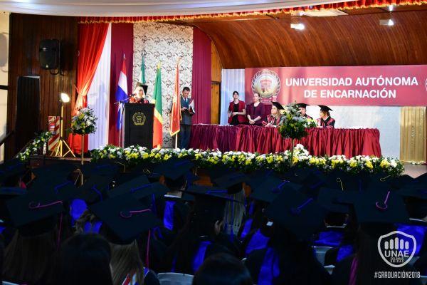 graduacion-colonias-unidas-2018-244105C8B2-9319-996D-8B42-C02A89C56E56.jpg