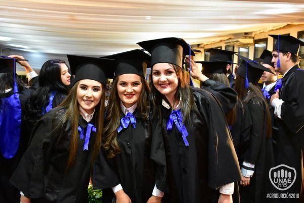 graduacion-colonias-unidas-2018-455E443492-CDEA-2A37-69FC-06972015ECB6.jpg