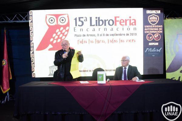 libroferia-encarnacion-2019-dia-3-413640379F-A1AF-B9D8-AB9C-FF88007ED8D0.jpg