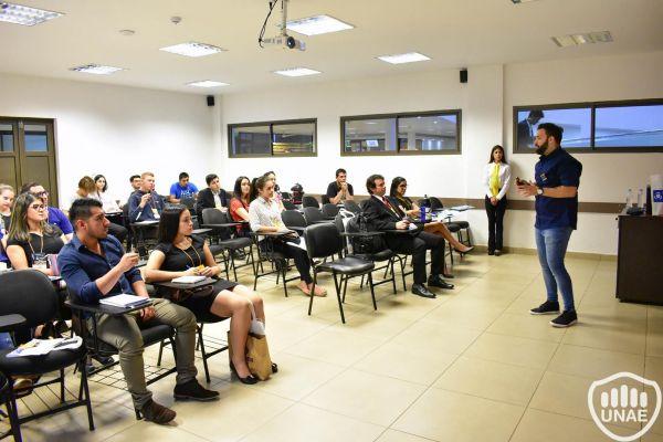 dia-1-workshops-8FC6D89E2-7904-3113-6D84-A80AD64246F2.jpg