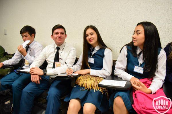 dia-2-workshops-dirigido-a-estudiantes-de-3-117A49A359-D134-737D-6A56-F5DC6CBDF048.jpg