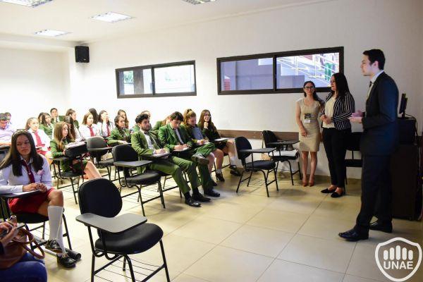 dia-2-workshops-dirigido-a-estudiantes-de-3-16D96DF05B-0415-9EE4-31C8-7D2FF9DA6FF5.jpg