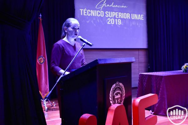graduacion-tecnico-superior-unae-2019-1F18267E4-73B6-2AB9-DAAC-F19558EC0A79.jpg