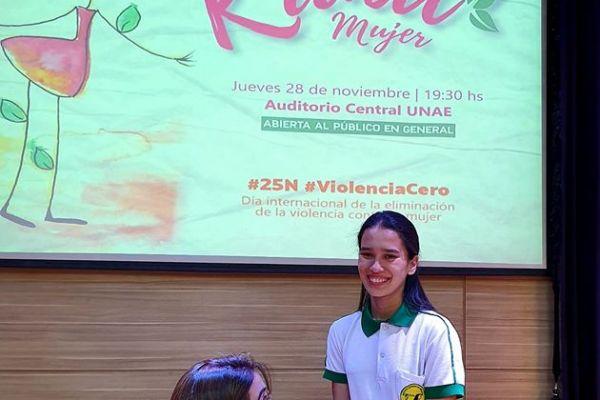 presentacion-de-libro-kuna-mujer-164EBA3D1D-2141-8ACF-2B10-02AD8C0244A5.jpg